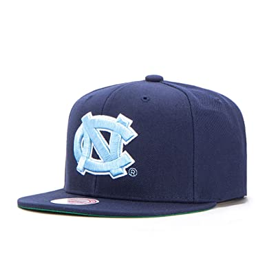 Image Unavailable. Image not available for. Color  Mitchell   Ness North  Carolina Tar Heels Team Solid VR26Z NCAA Snapback Cap ... d3b051606b