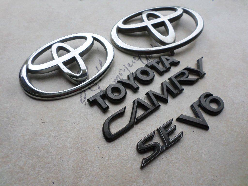 TOYOTA Genuine Accessories 75441-AA050 Logo Emblem