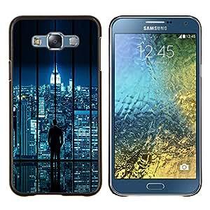 TECHCASE---Cubierta de la caja de protección para la piel dura ** Samsung Galaxy E7 E700 ** --Horizonte de la ciudad de Sci Fi futurista Night Lights Nyc