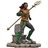 Diamond Select Toys DC Movie Gallery: Aquaman PVC Diorama Figure
