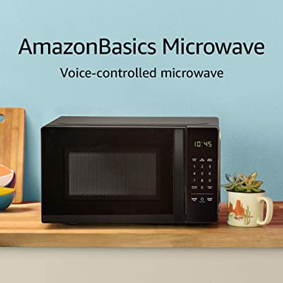 AmazonBasics Countertop Microwave