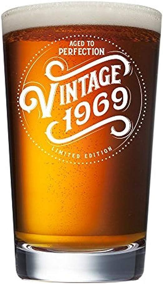 Amazon.com: Vaso de cerveza de 51 cumpleaños para hombres y ...