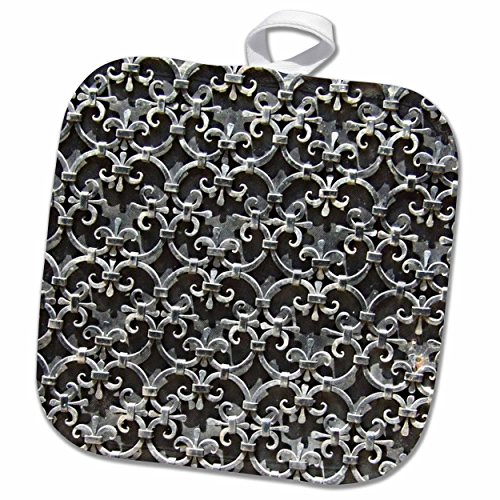 3dRose InspirationzStore Photography - Black Gothic damask metal pattern - medieval wrought iron metal work - fleur de lis floral clovers - 8x8 Potholder (phl_157628_1) (Iron Wrought Clover)