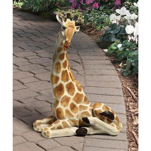 Zari The Resting Giraffe Statue Design African Wild