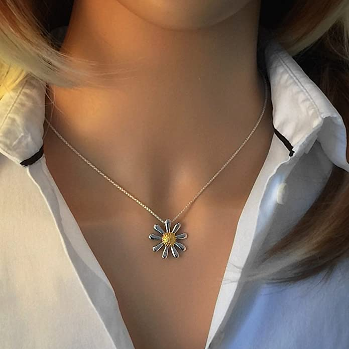 Daisy Pendant, Fine Quality Sterling Silver with Gold Plated Centre, 20mm in Diameter.