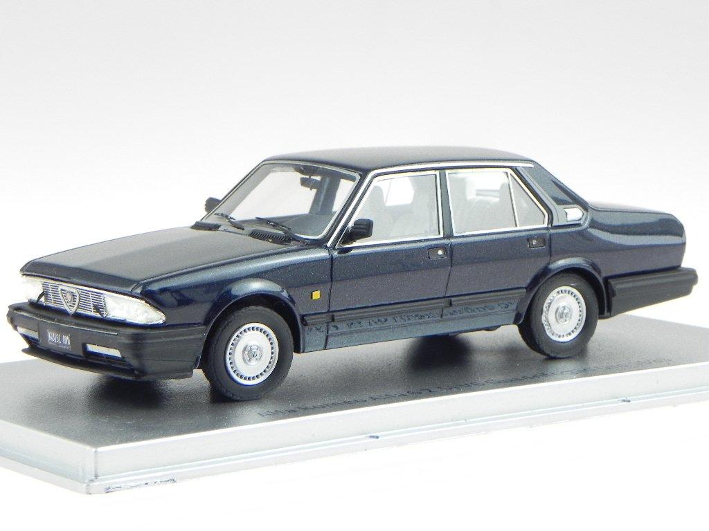 Alfa Romeo 6 2.5 V6 Quadrifoglio Oro 1983 blau Modellauto KESS 1:43