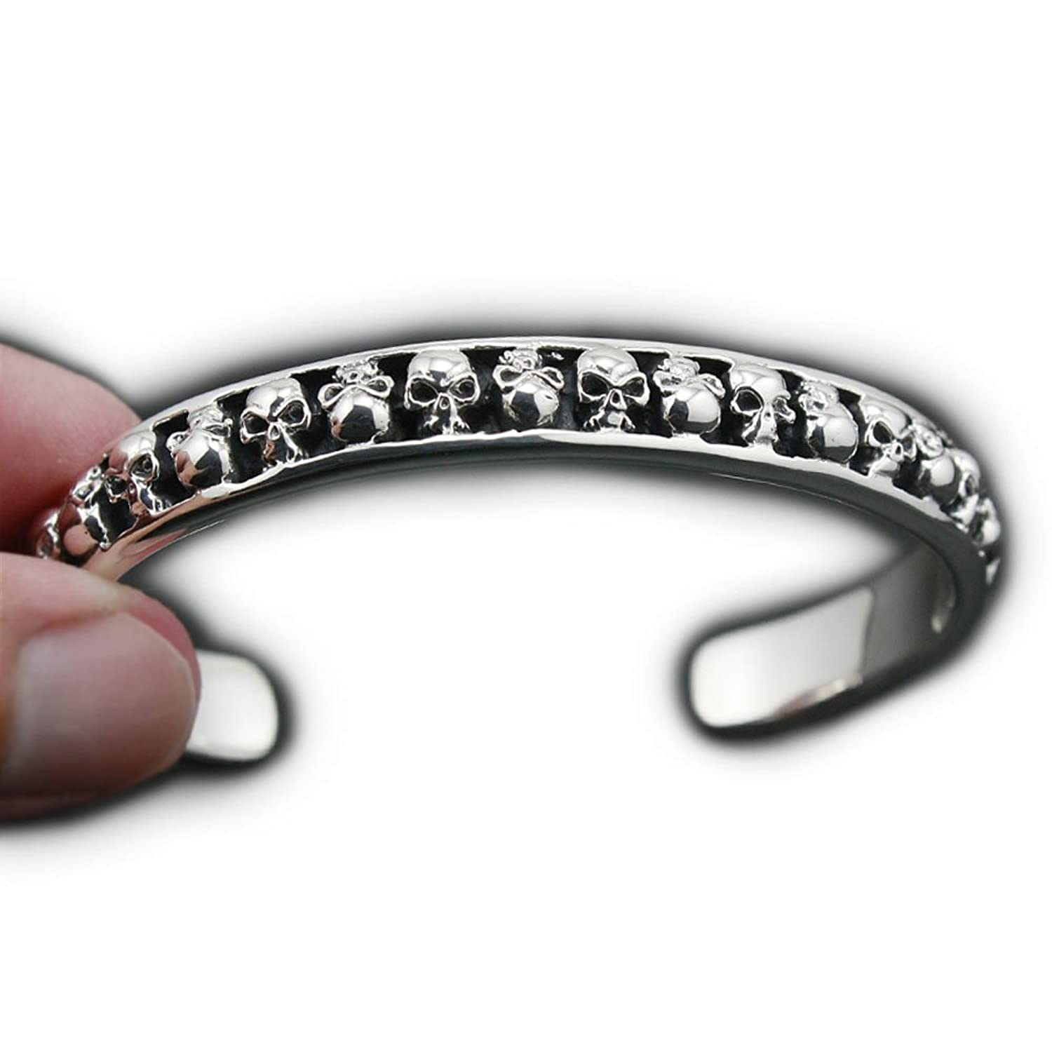 Deluxe Adult Costumes - Men's high-quality sterling silver skulls bangle adjustable pirate bracelet