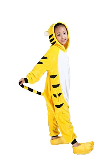 c77c7cd5b366 Amazon.com  Vimans Girls Onesie Flannel Kigurumi Pajamas One Piece Yellow  Tiger Pajamas  Clothing