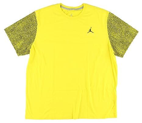 44ec5aab0 Amazon.com: Nike Men's Baselayer Top Long Sleeve Crew: Sports & Outdoors