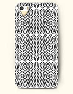 OOFIT Aztec Indian Chevron Zigzag Native American Pattern Hard Case for Apple iPhone 5 5S ( iPhone 5C Excluded ) ( Black Chevron In White Background )