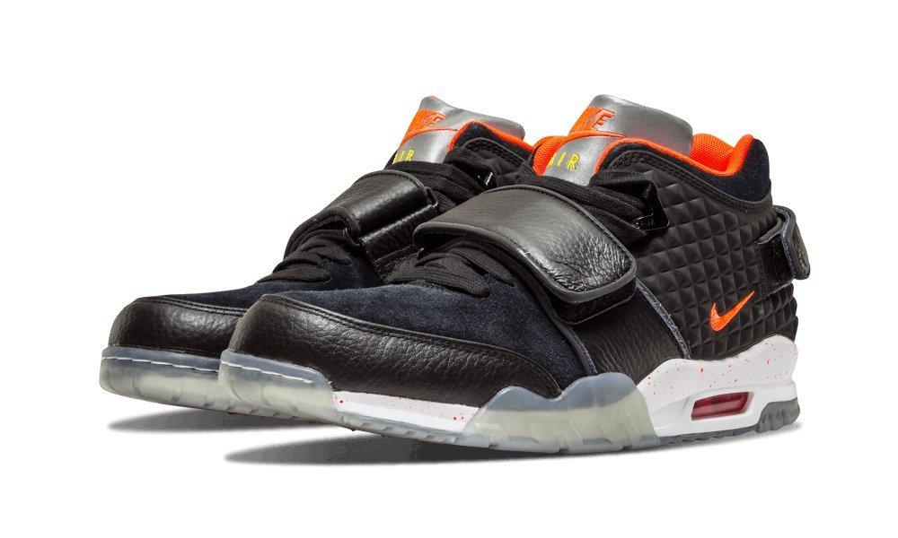 Nike Herren Air Tr. V. Cruz QS Fuszlig;ballschuhe  42 EU|Schwarz / Rot / Wei? (Blk / Brght Crmsn Yllw-white - Tr)