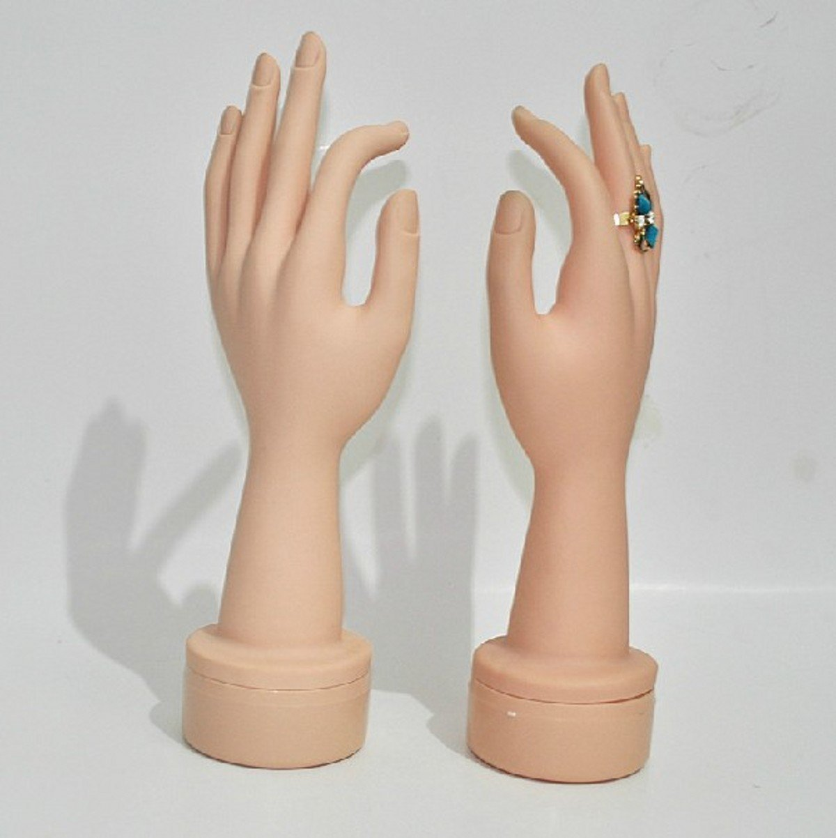 WellieSTR Left and Right Lifesize Dummy arbitrarily bent/soft/pose Mannequin Hand