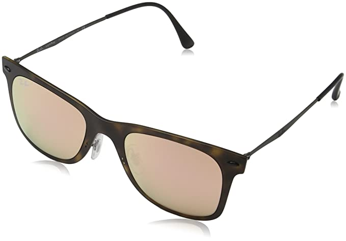 38afe710ead Amazon.com  Ray-Ban Men s Injected Man Sunglass Wayfarer
