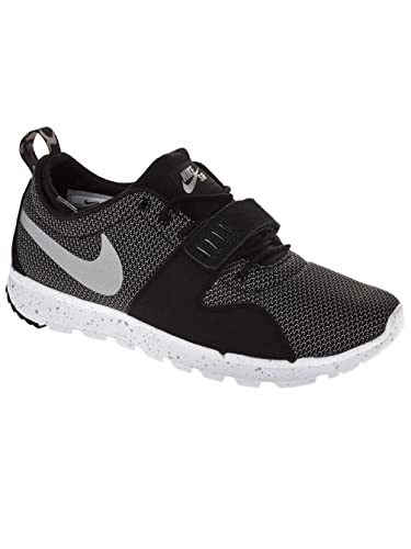 Nike SB Trainerendor Mens Shoes  BlackMetallic SilverWhite 105