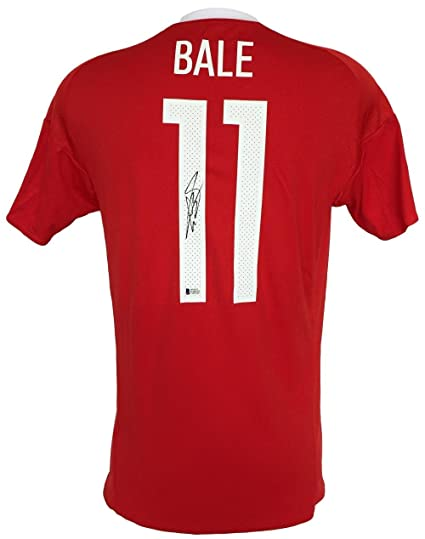 buy popular 8d3fc 7f03c Gareth Bale Signed 2016 Wales Home Soccer Jersey BAS at ...