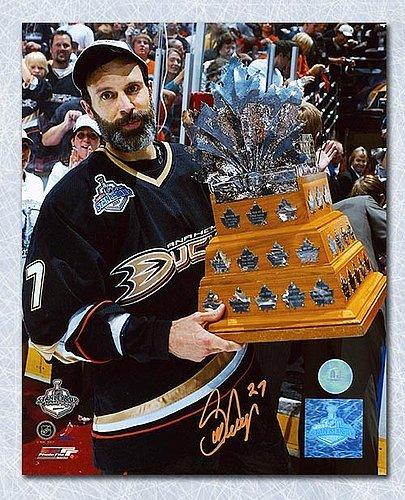 Scott Niedermayer Anaheim Ducks Autographed 2007 Conn Smythe Trophy 8X10  Photo - Signed Hockey Pictures 0b37fc71f