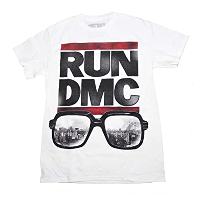 a5ef9304ddfb Amazon.com  Unique Vintage Run DMC Glasses NYC T-Shirt  Clothing