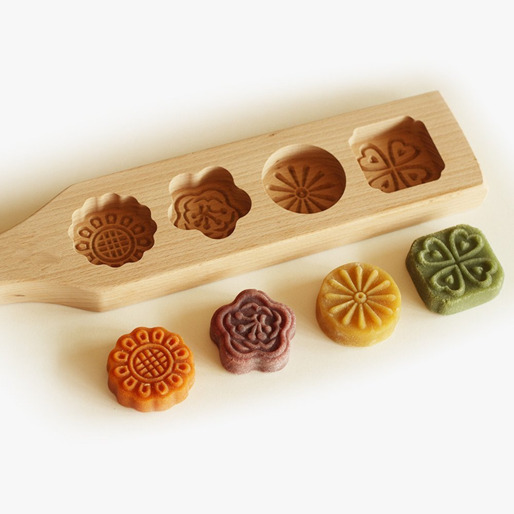 Ya Jin Wooden Moon Cake Mold / Soap Biscuit Chocolate Baking Mold - 4 Flowers