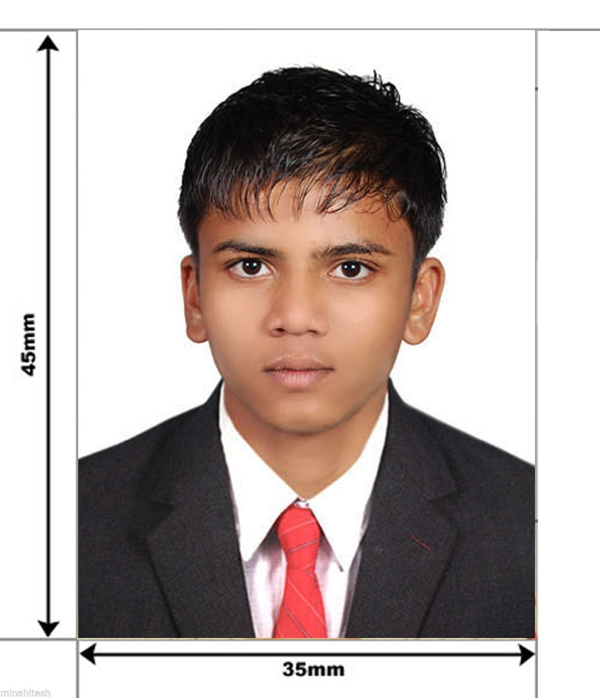 120 Passport Size Photo 35mm X 45mm Or 3 5cm X 4 5cm Glossy Paper Best Quality Passport Photo Amazon In Office Products