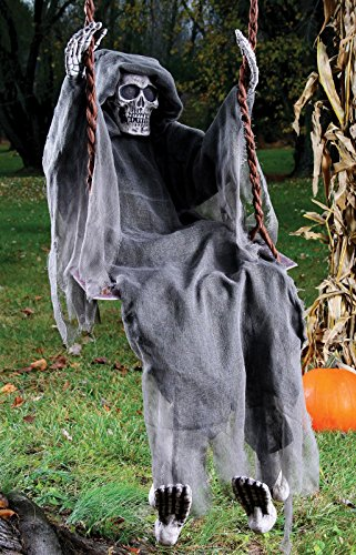 Fun World Swinging Reaper Halloween Decoration Gray 60 in. L (Scary Outdoor Halloween Decorations)