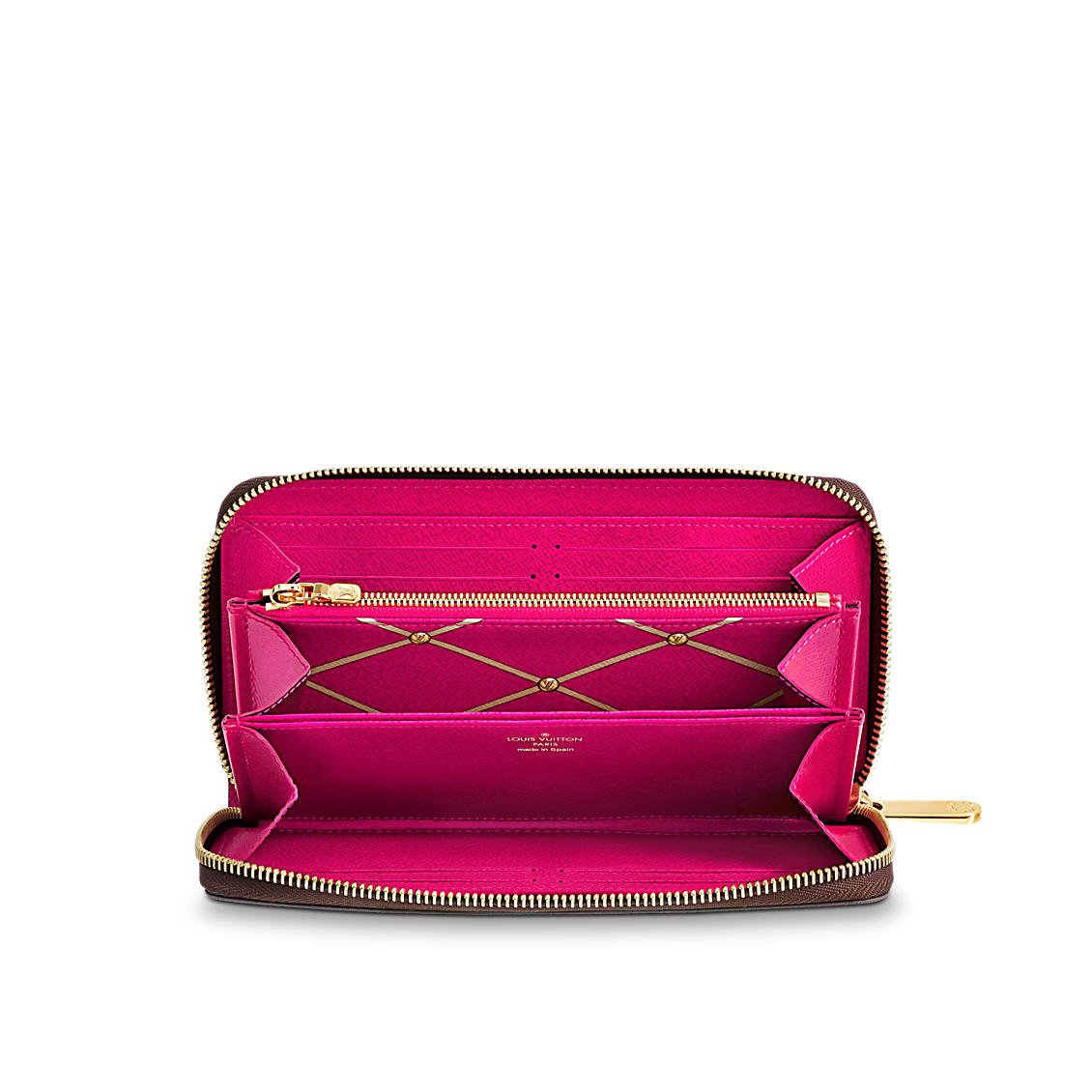 e645e912a27 Louis Vuitton Monogram Zippy Wallet Summer Trunk M62616 at Amazon Women s  Clothing store
