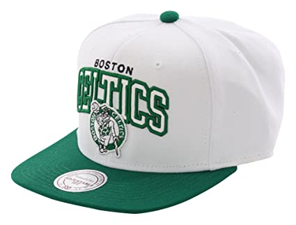 new arrival bfeea 3e912 Image Unavailable. Image not available for. Colour  Mitchell   Ness Boston  Celtics White Arch Snapback NBA Cap
