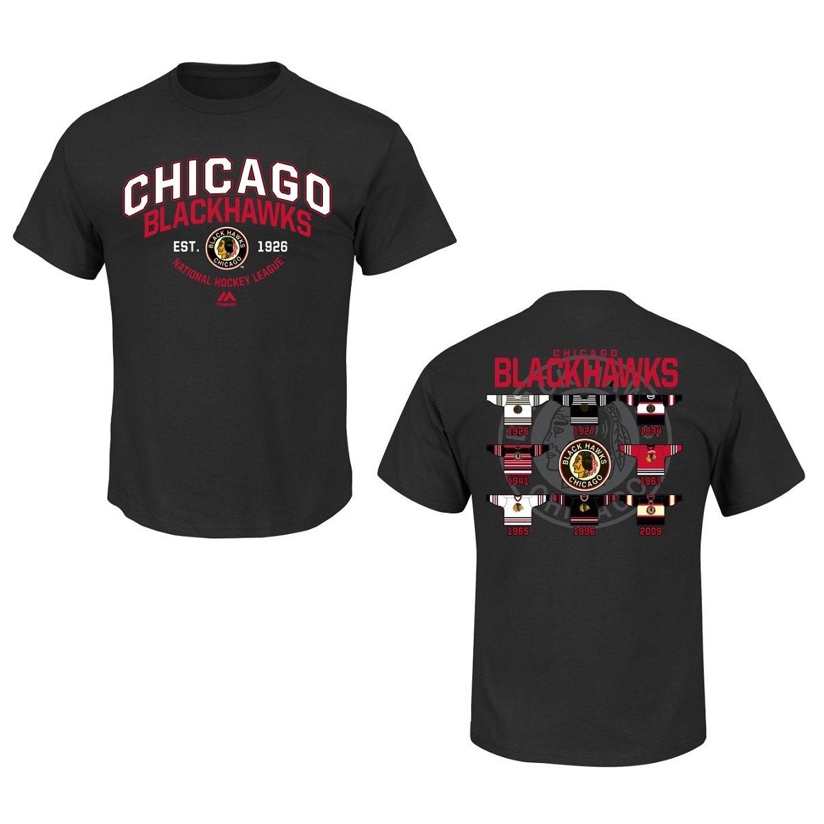 c04c4002c Amazon.com   Majestic Chicago Blackhawks Black Vintage Jersey History T- Shirt   Sports   Outdoors