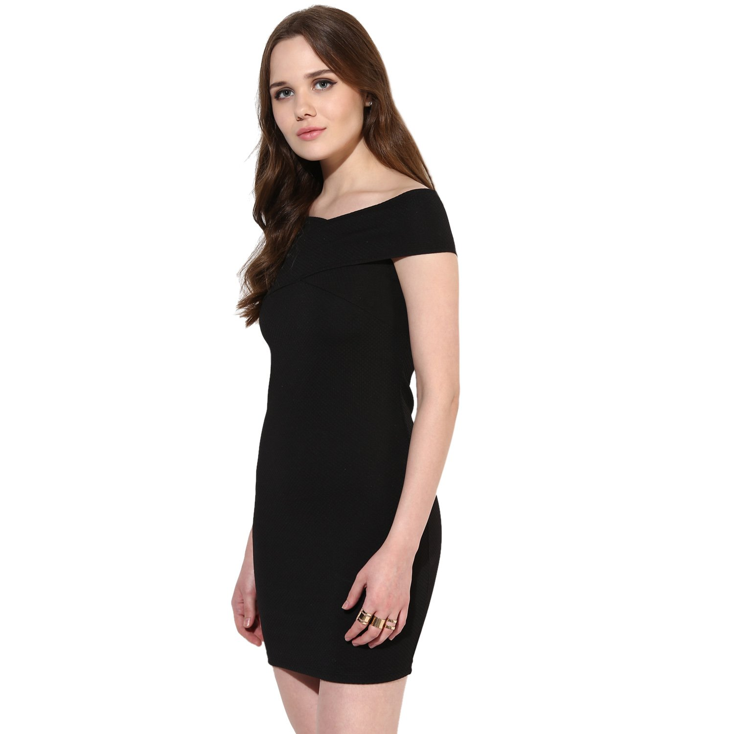 5f22f8c41bb3 VeniVidiVici Black Textured Bandage Bardot Off Shoulder Dress  Amazon.in   Clothing   Accessories