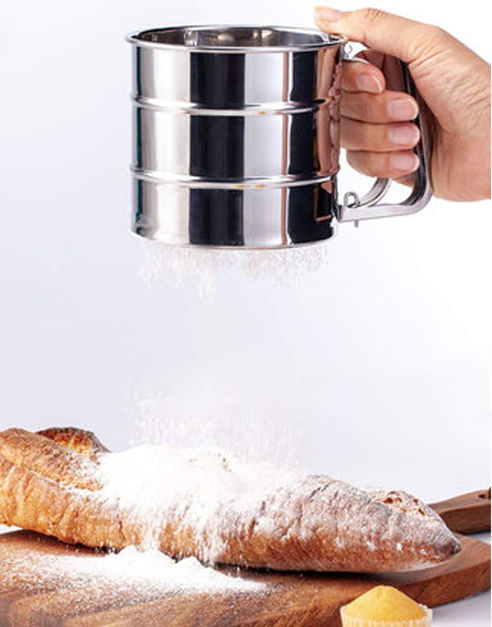 Tamiz de Cocina con Mango Tamiz de Acero Inoxidable para Espolvorear y Espolvorear Finamente Mein HERZ Tamizador Cribador de Harina para 250 Gramos de Harina//Az/úcar en Polvo 15,5/×10,6/×9,5 cm