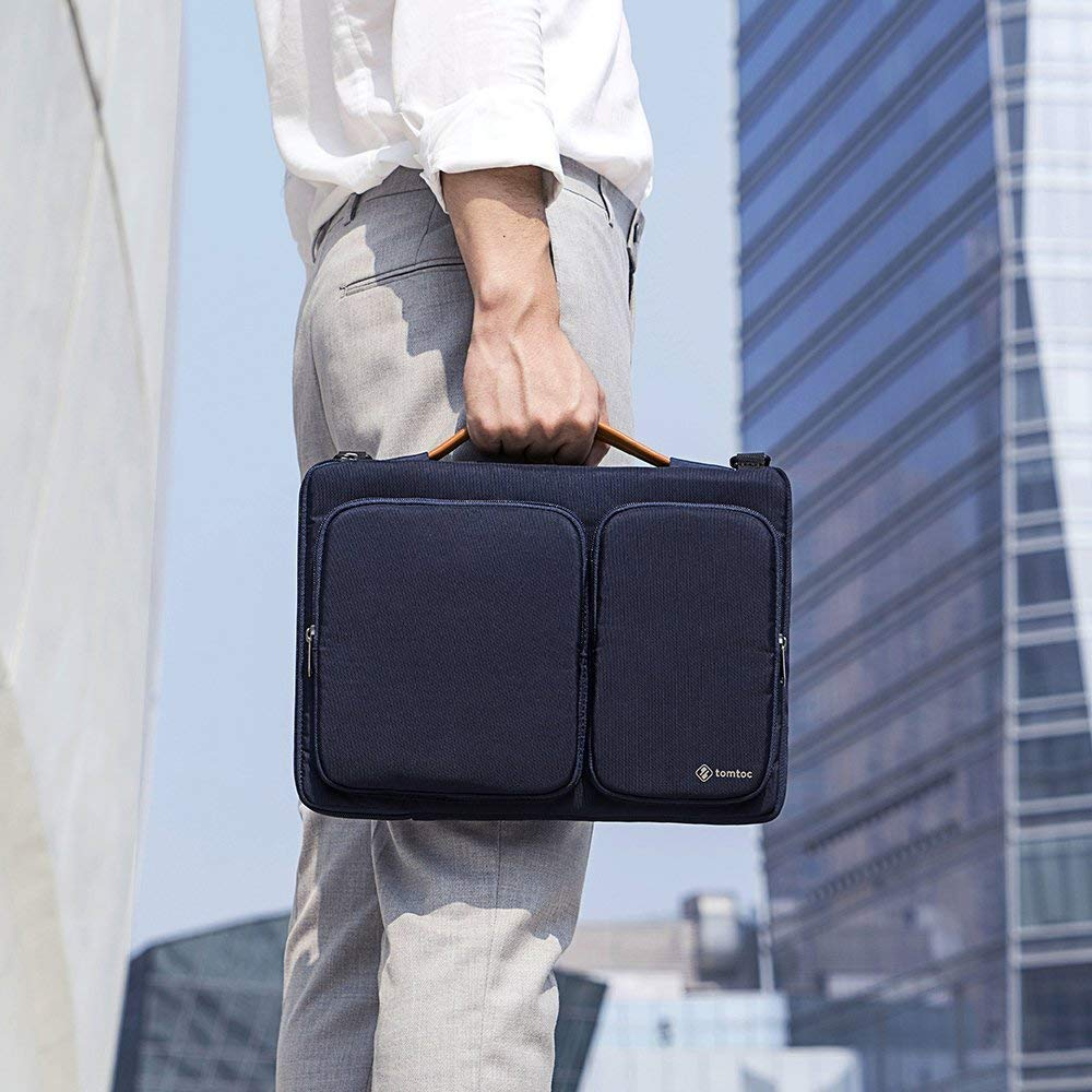 MacBook Pro| Surface Laptop Light Gray tomtoc Original 13.3-13.5 inch Laptop Shoulder Bag CornerArmor Patent 360/° Protective Laptop Sleeve 13.3 inch MacBook Air