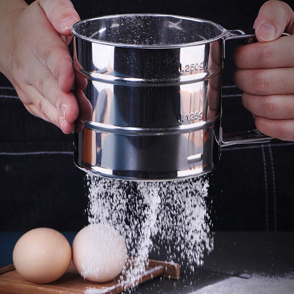 Small Hand-held Flour Sifter Stainless Steel Flour Shaker Squeeze Metal Fine Mesh Sieve Baking Sieve Cup Double Layers Sieve for Cake Cookie Dessert Home Kitchen Baking and Frying Tool 2 Sizes