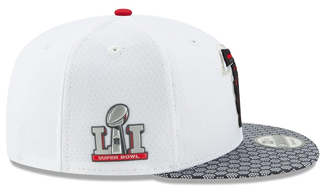 free shipping 09780 3b4f3 Amazon.com   New Era Atlanta Falcons NFL Super Bowl LI Opening Night  Snapback Cap 9fifty 950   Clothing