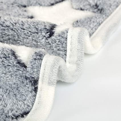 Amazon.com : Howiy Dog Cat Bed Dog Bed Soft Flannel Fleece Star Print Warm Pet Blanket Sleeping Bed Cover Mat for Small Medium Dog Cat 80102 Gray 20X20Cm ...