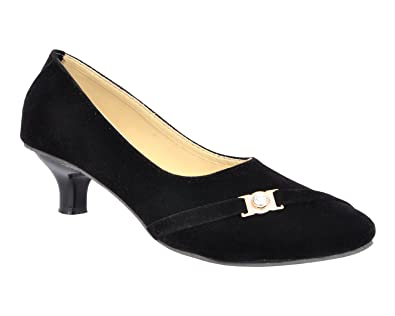 1f27522633c Altek Black Velvet Kitten Heel Belly  Buy Online at Low Prices in India -  Amazon.in