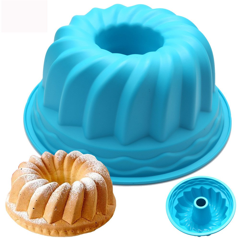 CYCTECH Practical Silicone Mold Ring Shaped Cake Cookie Pastry Bread Mould Pan Kitchenware (Random)