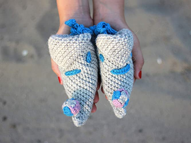 5981347745ba Amazon.com  Knit baby booties Funny Clothing Gift