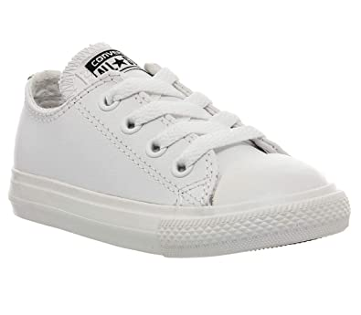 64ab9823bdae9a Converse Unisex Kids  Chuck Taylor Ct Ox Low-Top Sneakers  Amazon.co ...