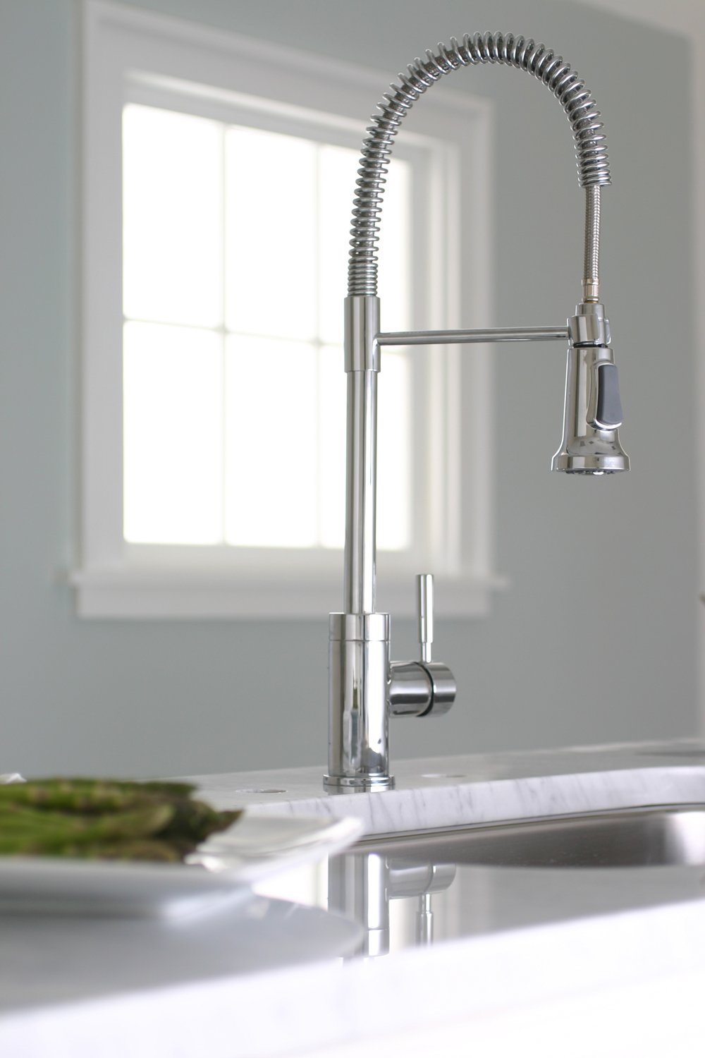 Premier 120333 Essen Single Handle Commercial Style Pull Down Kitchen Faucet,  Chrome   Touch On Kitchen Sink Faucets   Amazon.com