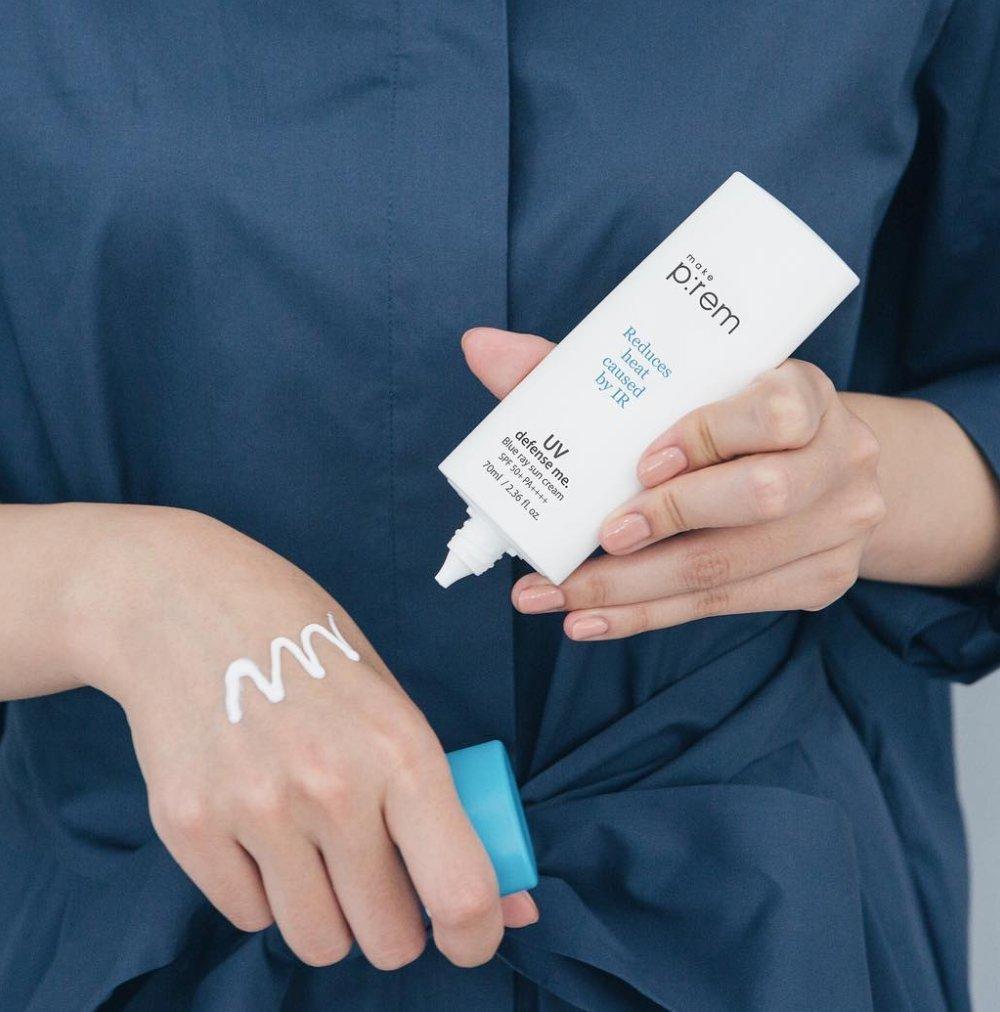 MAKEP REM UV Defense Me Blue Ray Sun Fluid 200ml 6.76 fl.oz. with Moisture Cream or Cleanser 20ml Whamisa Organic Toner 40ml SPF 50 PA Sunscreen for Face and Body by MAKEPREM MAKE P REM