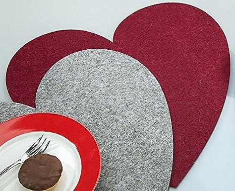 Handarbeit Untersetzer Heart Filz-Tischset HERZ 34x34cm Textilfilz 18 Farben