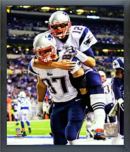 Tom Brady & Rob Gronkowski New England Patriots 2014 NFL Action Photo (Size: 9