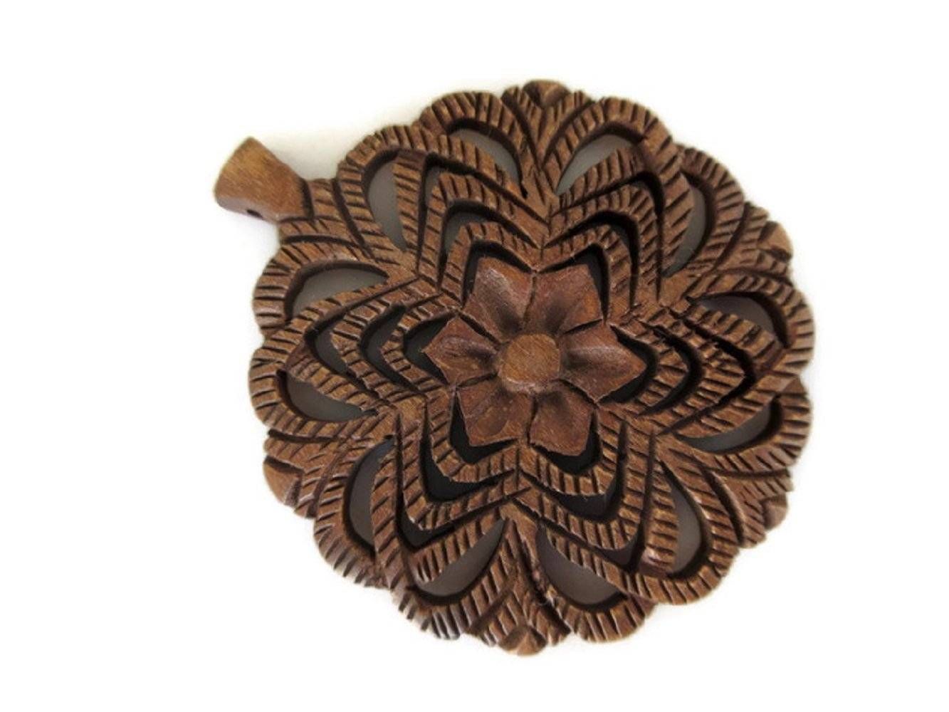 Hand Carved Wooden Filigree Flower Pendant, Handmade Pendant, Wood Art And Craft Framing Supplies Jewelry, GDS1046/17 (20 Pieces)