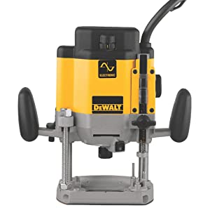 DEWALT DW625 3-Horsepower Variable Speed Electronic Plunge Router