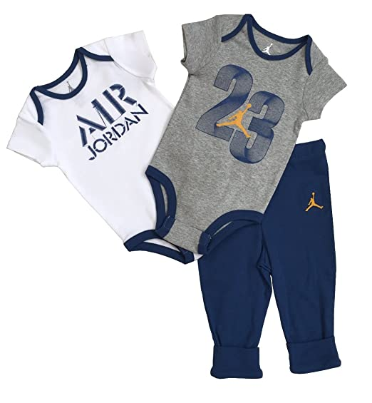16434e8ca76e Amazon.com  Nike Jordan Infant New Born Baby 3 Pcs Layette Set ...