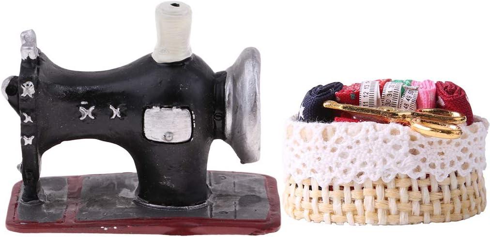 Amazon.es: perfeclan 1:12 Modelo de Máquina de Coser en Miniatura Delicado Estilo Artesanal Antiguo con Tela Colorida, Regla y Tijeras en una Canasta: Juguetes y juegos