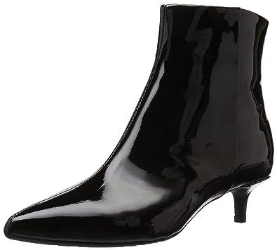 0611c290b22dc Taryn Rose Women s Nora Ankle Boot Black 5 M Medium US