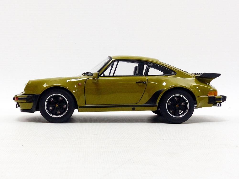 Norev–911Turbo 3.3L Copa 1977Porsche, 187575, verde oliva, en miniatura (escala 1/18 NV187575