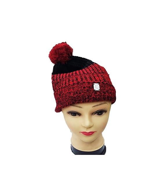 Cappello Milan con Risvolto e PON PON Rosso-Nero 14829  Amazon.it   Abbigliamento 3db8a05ff60a