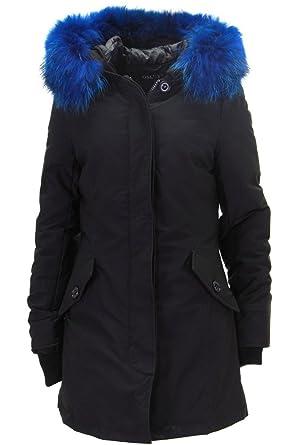 Blaue jacke schwarz farben