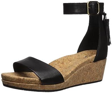 UGG® Australia Zoe Ankle Strap Wedge Black pN2OjA6tnm
